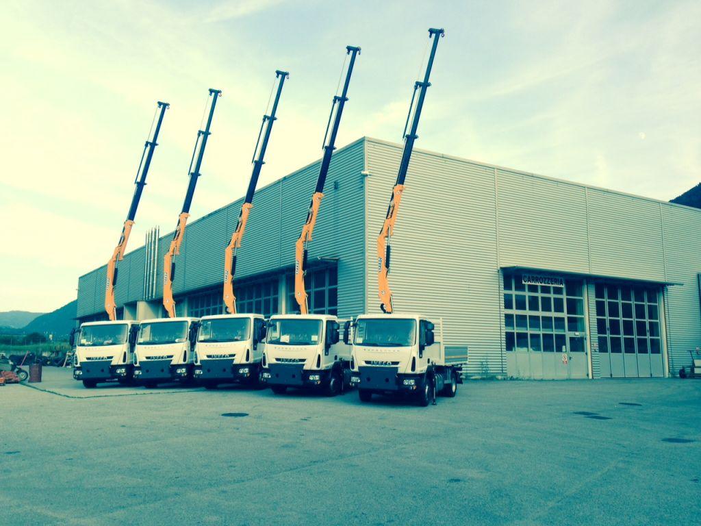 100 su Iveco_Autostrade_08-2014_3