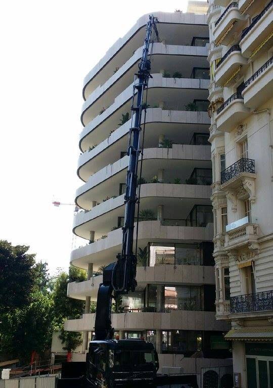 2055 con secondo jib nera su terrazza_XXLevage_Francia_2017